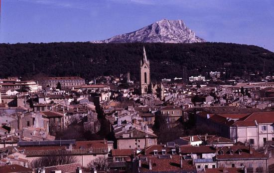 _Aix en provence-vue-sainte-victoire
