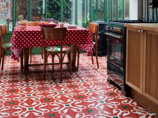 Maison deco for Carrelage rouge et blanc